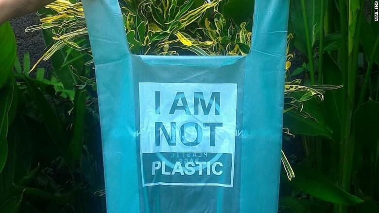 170116100658-iamnotplastic-bag-exlarge-169