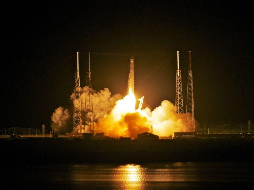 SpaceXTA-144995568